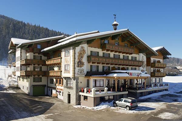 Familienbetriebe 4 sterne hotel taxerhof in radstadt for 4 sterne hotel dortmund