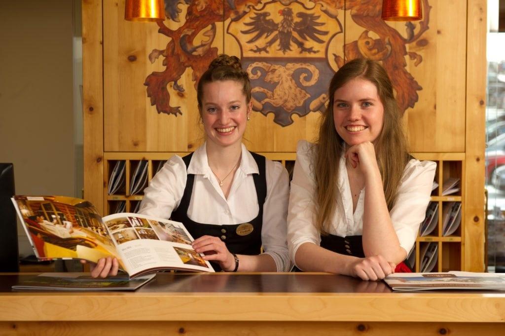 Urlaubsspezialisten, Mitarbeiter, Rezeption, Marketing, Salzburgerhof, Zauchensee