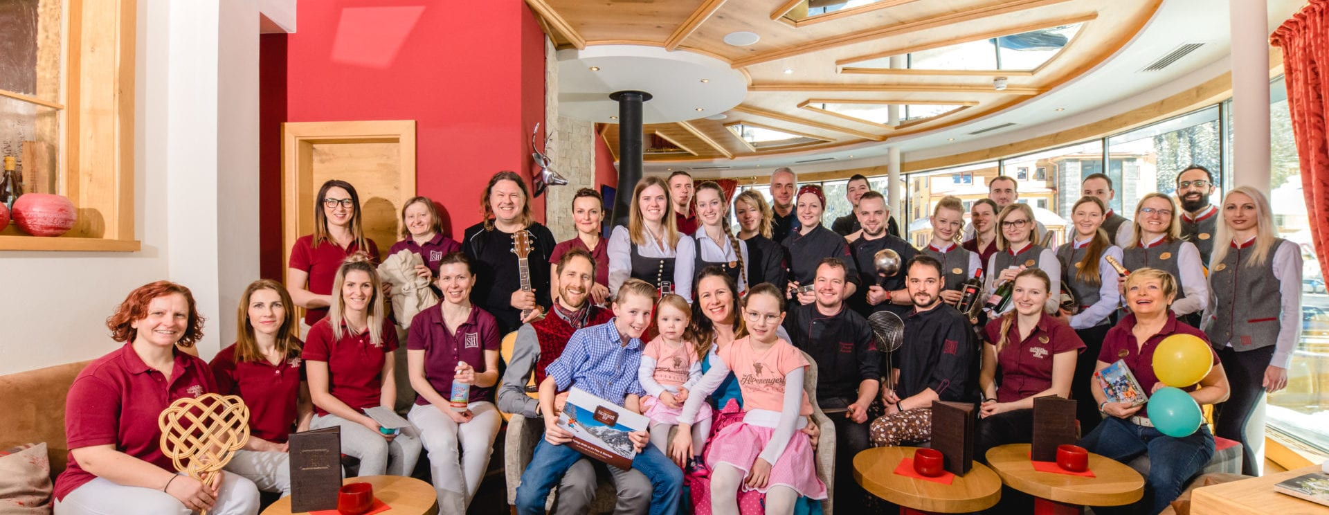 Urlaubsspezialisten, Mitarbeiter, Team, Salzburgerhof, Zauchensee