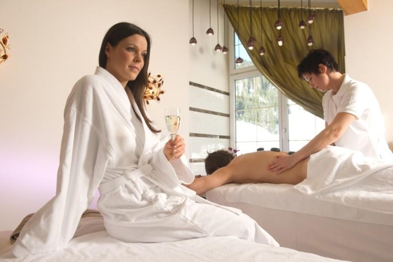 Wellness-Massagen-klein (1)