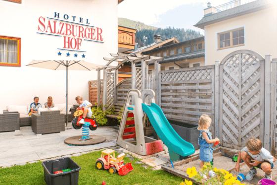 familienurlaub-garten-zauchensee-salzburgerhof-1