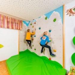 Kinderbetreuung - Familienhotel in Zauchensee - Spielraum