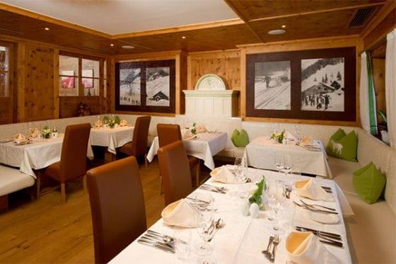 Firmenweihnachtsfeiern in der Pionier-Zirbenstube im Hotel Salzburger Hof