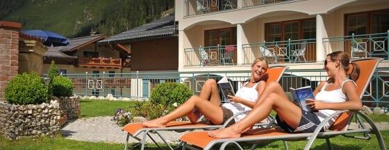 Garten & Liegewiese - 4 Sterne Superior Hotel Salzburger Hof