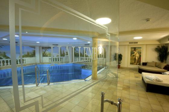 Hallenbad & Whirlpool im Hotel Salzburger Hof