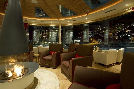 Kamin-Lounge im Hotel Salzburger Hof